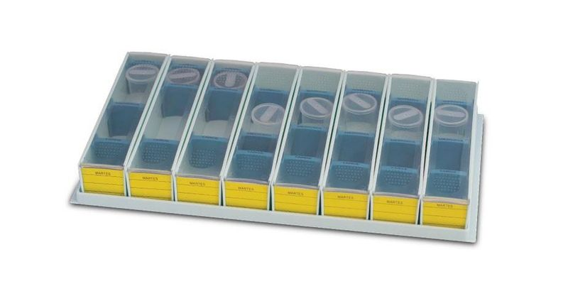 Bandeja-de-Medicacao-BLP-5200-com-8-Dispensadores-Removiveis