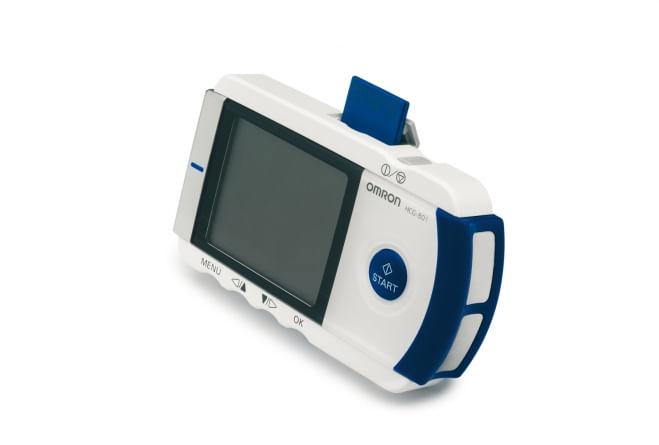 Eletrocardiografo-Portatil-Omron-HeartScan
